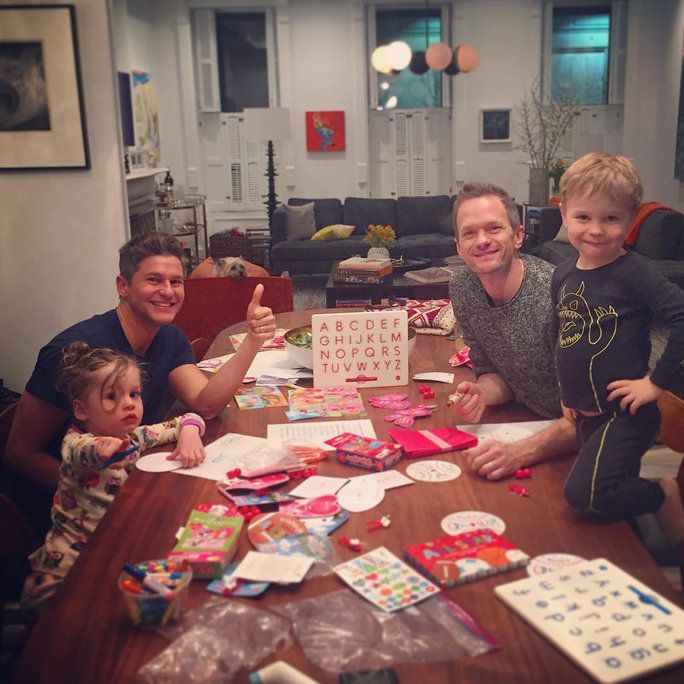 닐 Patrick Harris, David Burtka, and Their Twins