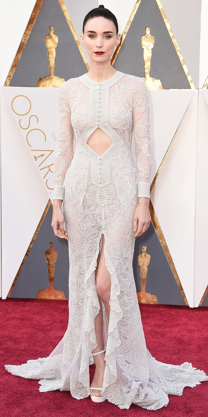 רוני Mara in Givenchy Haute Couture - Oscars 2016