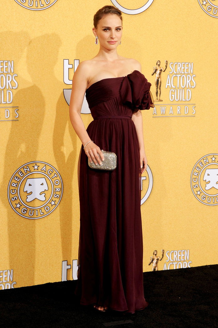 ב Giambattista Valli Haute Couture at the SAG Awards in L.A. (2012)