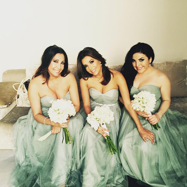 אווה Longoria as a bridesmaid