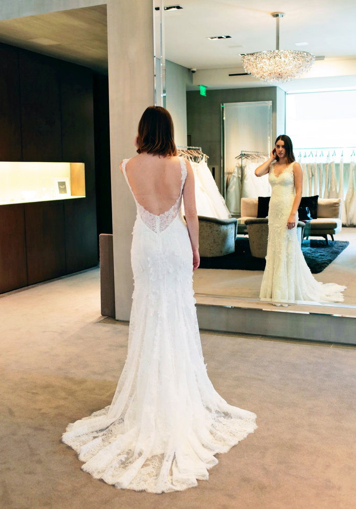 結婚式 dress fitting