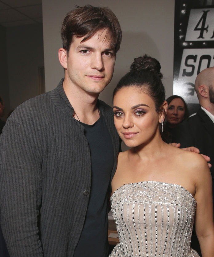 מילה Kunis Ashton Kutcher Beach House Lead