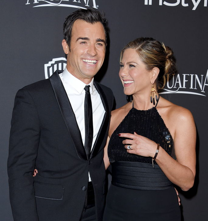 제니퍼 Aniston and Justin Theroux JANUARY 11 2015