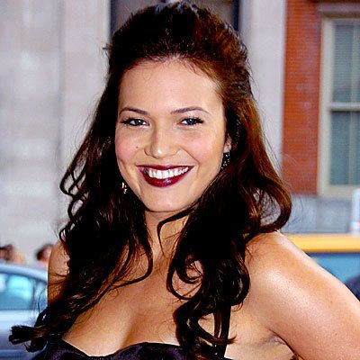 יומי Beauty Flash Mandy Moore Plum Lips, daily beauty flash