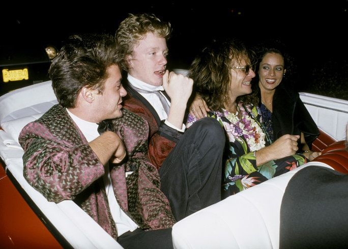 로버트 DOWNEY JR., ANTHONY MICHAEL HALL, DAVID LEE ROTH, AND SONIA BRAGA