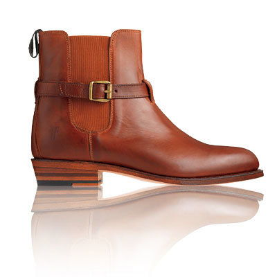 その Frye Company - Our Favorite Fall Boots - Fall Accessories