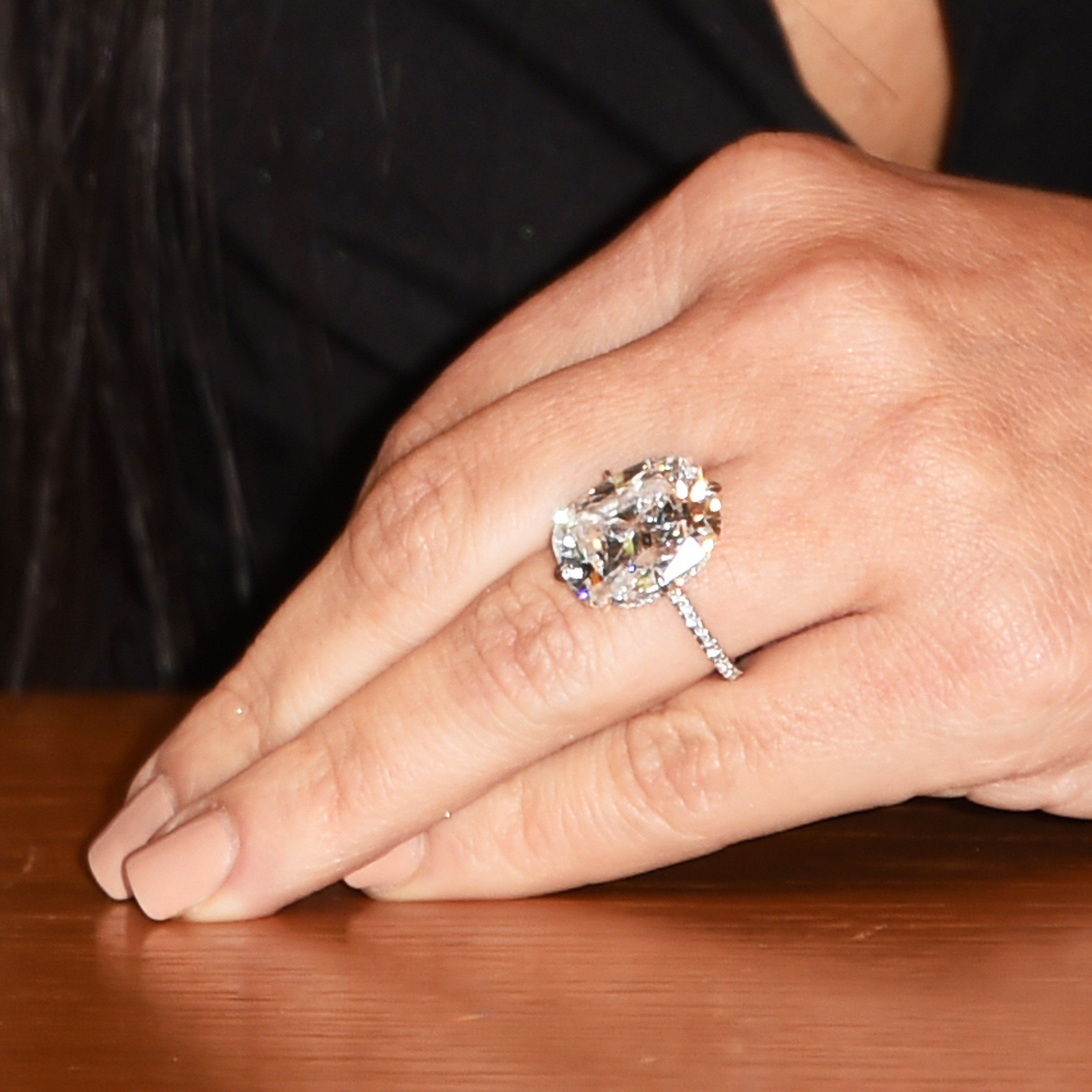 김 Kardashian West - engagement ring - May 7, 2015