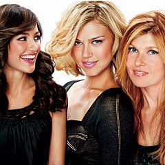 민 카 Kelly, Adrianne Palicki and Connie Britton