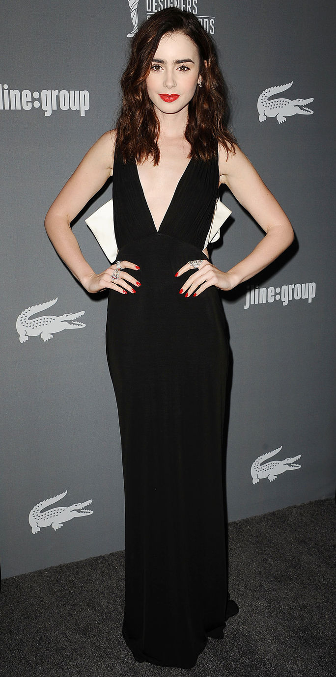 15日 Annual Costume Designers Guild Awards Lily Collins