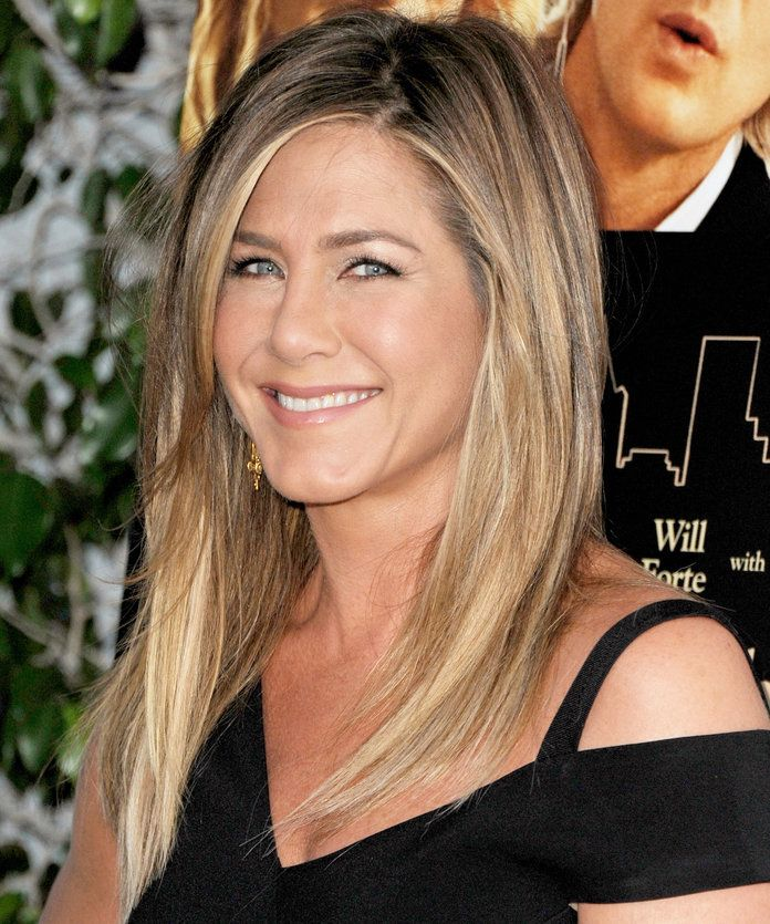 ג 'ניפר Aniston's Zig Zag Part