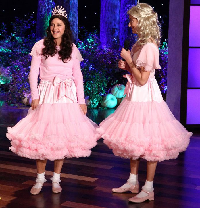 אלן as Sophia Grace and Rosie, 2011