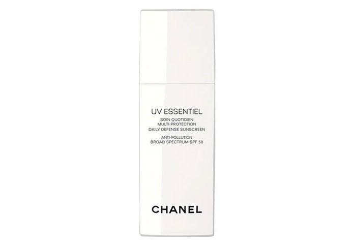 이른 20s: Chanel UV Essentiel Multi-Protection Daily Defense Sunscreen Anti-Pollution Broad Spectrum SPF 50