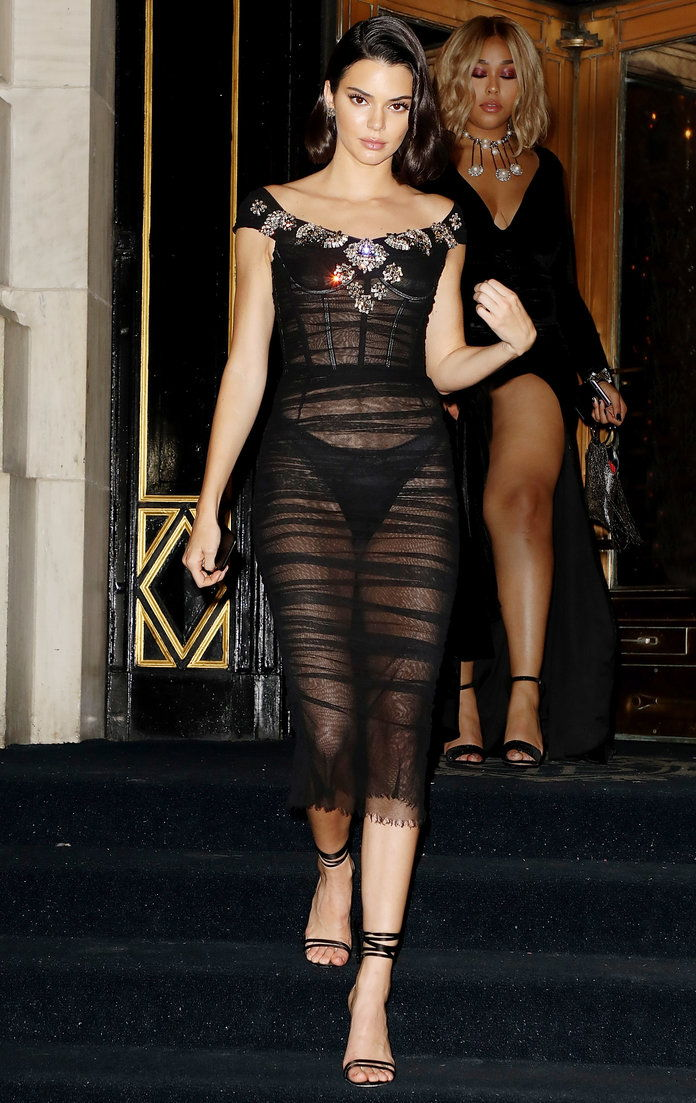 קנדל Jenner's fully sheer dress