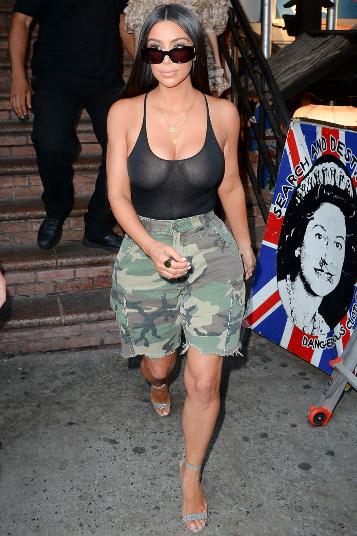 김 Kardashian West in a Tank Top
