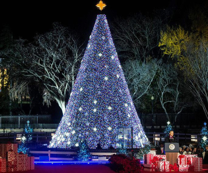 אובמה Tree Lighting 2016 - Embed - 4