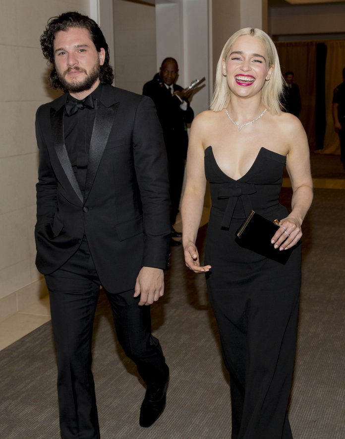 キット Harington and Emilia Clarke